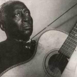Leadbelly – Take A Whiff On Me