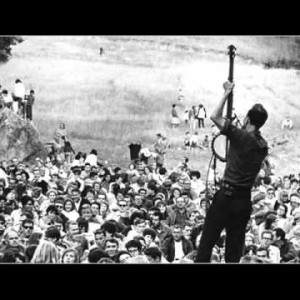 Pete Seeger – Oh, Had I A Golden Thread