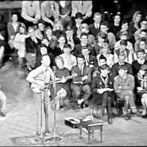 Pete Seeger – Way Out There