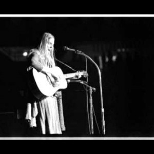 Joni Mitchell & Pete Seeger – Both Sides Now